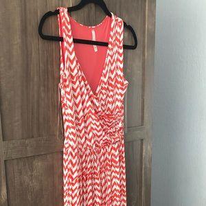 Dresses & Skirts - Gilli size small stitch Fix dress